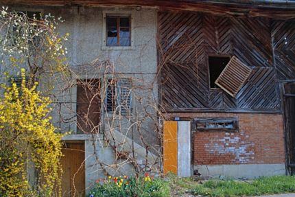 Baufälliges Anna Stüssi Haus